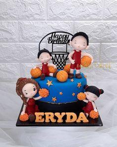 Basketball Birthday, Basketball Players, Wedding Cake Designs, Wedding Cake Toppers, Miami Heat Cake, Cake Designs For Kids, Music Cakes, Sport Cakes, Christmas Cake Decorations
