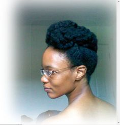 This natural hair style is too cute