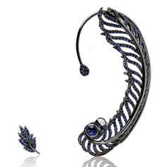 La boucle d'oreille plume de paon. Elise Dray