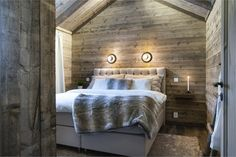 We all know that best ski resorts are in Alps or Pyrenees and best mountain homes are French or Swiss chalets. But do not forget the Scandinavians has ✌Pufikhomes - source of home inspiration Cabin Interior Design, Chalet Design, House Design, Cabin Homes, Log Homes, Cozy Living Rooms, Living Spaces, Scandinavian Cottage, Architectural Design Studio