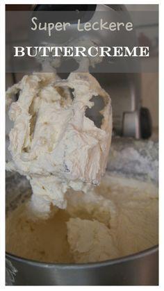 Diese Buttercreme ist leicht und luftig und hinterlässt KEINEN Fettfilm am Gaumen! Einfach super lecker und nicht zu süß!