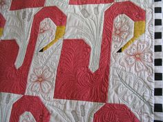http://www.mqresource.com/home/images/stories/mwyman/maryellens%20flamingo%20quilt%20009.jpg