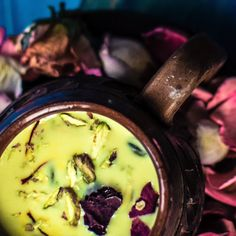Thandai is a refreshing Indian cold drink, made with a mixture of almonds, cashews, pistachios, melo Holi Recipes, Veg Recipes, Sweet Recipes, Vegetarian Recipes, Cooking Recipes, Drink Recipes, Cake Recipes, Thandai Recipes, Indian Drinks