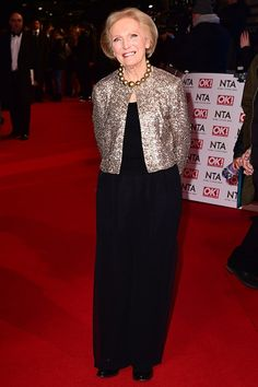 Mary Berry Celebrity Look, Celeb Style, Mary Berry, Celebs, Celebrities, Lace Skirt, Awards, Skirts, How To Wear