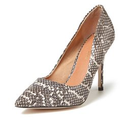 Maiden Lane Evelyn Pointed-Toe Pump ($60) ❤ liked on Polyvore