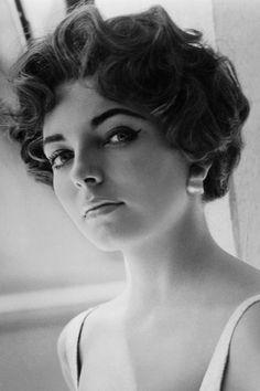 Joan Collins Skincare Review - Contra Night Cream (Vogue.com UK)