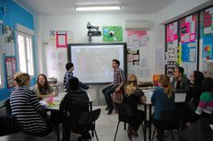 Looking to teach English or ESL, start a new life and a new career, choose us for an accredited TEFL course with TtMadrid.