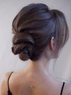 Featured Hairstyle: courtesy of tonyastylist (Tonya Pushkareva); wedding hair styles idea; www.instagram.com/tonyastylist