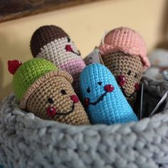 Fofuras de crochê  ---  capitaganchocroche@hotmail.com ✈ Enviamos para todo o Brasil  peças a venda na loja @buritiartes  Praia da Pipa / RN  foto: @silvialbertifotografia --- #croche #crochetaddict #moderncrochet #artesanato #  #crochetofinstagram #crochetlove  #presentes  #presentescriativos  #mimos  #fofura  #design  #amigurumi #ganchillo  #craftastherapy #heklanje #handmade  #design #yarnaddict