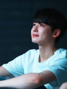 He is too cute to be real Korean Celebrities, Korean Actors, Park Jin Woo, Cha Eunwoo Astro, Lee Dong Min, Lee Soo, Drame, Sanha, Cute Actors