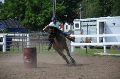 A off the track Thoroughbred becoming a barrel racer? Why not! #OTTB