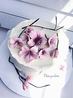 Cherry Blossom Cake - cake by Dozycakes