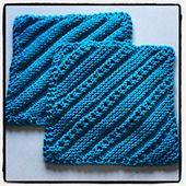 Ravelry: Simple Ridge & Eyelet Dishcloth pattern by Lily Sugar'n Cream and Bernat Design Studio