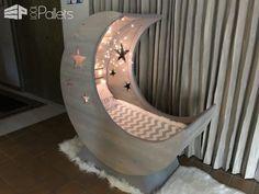Starry Night Pallet Half-moon Cradle! DIY Pallet Bed Headboard & Frame