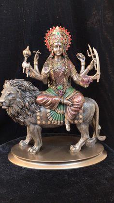 Durga Maa, Shiva Shakti, Durga Goddess, Kali Statue, Krishna Statue, Hanuman Images, Durga Images, Hindu Deities, Hinduism