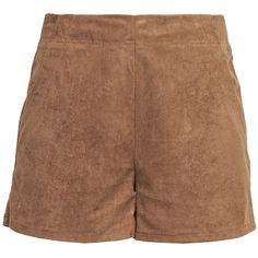 Shorts im High Waist Look - Die schlichte #Hose im #Wildlederlook lässt sich mit einer #Bluse zu einem modernen #Wiesn #Look stylen ♥ ab 22,95 €