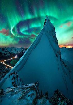 For the best chances to see the northern lights, or aurora borealis, head to Northern Norway or Svalbard between late autumn and early spring.  20 Amazing Photos of The Northern Lights in Norway You'll Never Forget ! Through the following photos I have selected for you, enjoy in the magical view of this magnificent colored lights written in the sky above the fabulous country Norway ! The Nortern Light,Svolvaer, Norway The Nortern Light, Svolvaer, Norway The Nortern Light,Svolvaer, Norway ... Lofoten, Aurora Borealis, Green Companies, Visit Norway, Belle Photo, Science Nature, Wonders Of The World, Places To See, Cool Photos