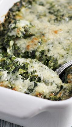 100 Of The Greatest Vegetable Recipes Of All Time Creamed Spinach Gratin - This would be my first choice of something to have on the menu I think it sounds amazing and it's an Ina Garten recipe Side Dish Recipes, Vegetable Recipes, Vegetarian Recipes, Cooking Recipes, Cooks Country Recipes, Recipes Dinner, Pasta Recipes, Crockpot Recipes, Salad Recipes