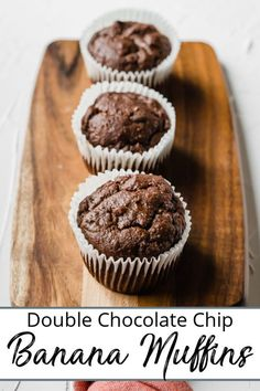Rich and chocolaty these this Double Chocolate Chip Banana Muffin Recipe will satisfy any chocolate cravings . I promise! Quick Bread Recipes, Muffin Recipes, Healthy Breakfast Muffins, Breakfast Ideas, Double Chocolate Chip Muffins, Homemade Muffins, Baked Banana, Dessert Recipes, Party Recipes
