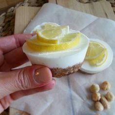 Mini Griekse yoghurt citroen (CDK in db ) Healthy Cake, Healthy Sweets, Healthy Baking, Healthy Food, Sweet Recipes, Cake Recipes, Snack Recipes, Dessert Recipes, Healthy Recipes
