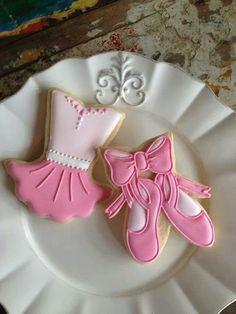 Could be a cute baby shower dessert; ballet for girls or football/baseball/soccer for boys.