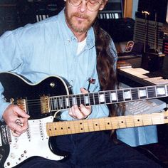 Shawn Phillips with hybrid guitar