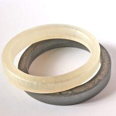 skinny resin bangle set in slate and pearl от ShoutAndSparkle