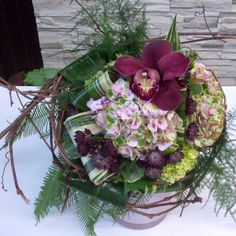 #instalike #love #bouquet #designer #design #interior #florale #fleuriste #fragrant #fun #flowers #freestyle #florist #gift #glamour #modern #colorful #creative #create #classy #chic #contemporary #orchids #purple #beautiful #pretty