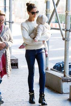 e3dd571267e Lily Aldridge - Victoria s Secret Models Off Duty Style