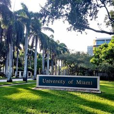 *University of Miami   *PO Box 248087  Coral Gables, FL 33124-8087   *www.law.miami.edu  *admissions@law.miami.edu