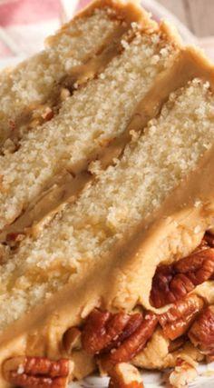 Buttered Pecan Caramel Cake Recipe (serve with butter pecan or plain, vanilla ice cream. Cupcake Recipes, Baking Recipes, Cupcake Cakes, Dessert Recipes, Pecan Recipes, Fall Cake Recipes, Candy Bar Cakes, Cake Cookies, Layer Cake Recipes