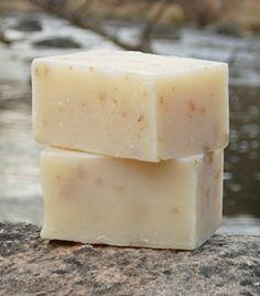 DIY: Oatmeal Soap · Bath and Body | CraftGossip.com