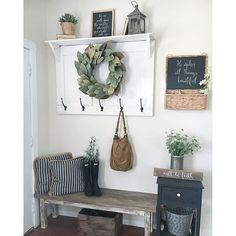 50 Stunning Farmhouse Entryway Decor Ideas November Leave a Comment A mudroom or entryway is generally a hall located between the front entrance of the house and the living area. It's a perfect place to organize storage for footwear Rustic Farmhouse Entryway, Modern Farmhouse, Farmhouse Ideas, Farmhouse Style, Farmhouse Mirrors, Farmhouse Bench, Foyer Decorating, Decorating Ideas, Apartment Entryway