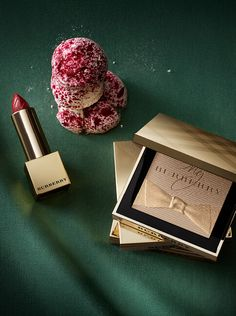 Gold glow fragranced Luminising Powder and Burberry Kisses feature in our festive beauty collection.