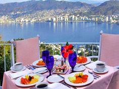 Las Brisas Acapulco, Restaurante Tulipán