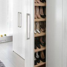 Bedroom Closet Design, Master Bedroom Closet, Closet Designs, Closet Renovation, Closet Remodel, Kitchen Cabinet Hardware, Modern Kitchen Cabinets, Bar Kitchen, Ideas De Closets
