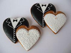 Flower Sugar Cookies, Sugar Cookie Icing, Owl Cookies, Iced Cookies, Royal Icing Cookies, Bride Cupcakes, Wedding Cake Cookies, Cookie Wedding Favors, Wedding Desserts