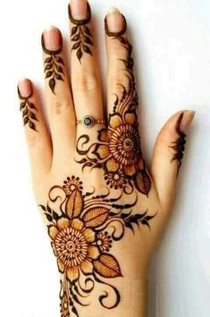 Explore latest Mehndi Designs images in 2019 on Happy Shappy. Mehendi design is also known as the heena design or henna patterns worldwide. We are here with the best mehndi designs images from worldwide. Henna Hand Designs, Latest Mehndi Designs, Mehandi Designs, Henna Flower Designs, Mehndi Designs Finger, Simple Arabic Mehndi Designs, Mehndi Designs For Girls, Mehndi Design Images, Flower Henna