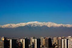 Quanto custa viajar para Santiago? Seattle Skyline, Santiago Chile, Places, Travel, Tattoo, Viajes, Stuff Stuff, Traveling, Bonito