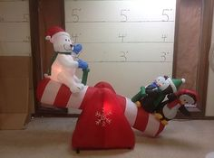 Gemmy Inflatable Airblown 5 Tall Realistic Animated Santa