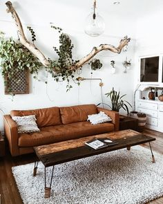 Wood, white e brown <3 Looove boho decor #decoration #livingroom #decor
