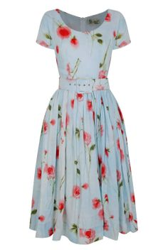 Fifties frock with full skirt in rose print Tara Starlet such a relaxed shape perfect for an English Summer, not overly expectant but perfect in its own. Modest Dresses, Cute Dresses, Vintage Dresses, Beautiful Dresses, Vintage Outfits, Vintage Fashion, Summer Dresses, Dress Skirt, Dress Up