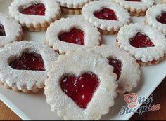 Pařížské rohlíčky | NejRecept.cz Christmas Baking, Christmas Cookies, Kinder Party Snacks, Jelly Cookies, Bread Art, Greek Chicken, How Sweet Eats, Winter Food, Relleno