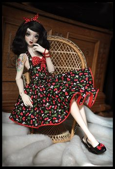 PinUp Cherry~Belle. Love the overall outlook!