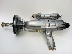 Intergalactic Sci Fi Raygun. LIttle sweetie Q has a copy of this and I told him that I want one! I do!