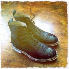 Dr. Martens, Combat Boots, Shoes, Fashion, Zapatos, Moda, Shoes Outlet, La Mode, Combat Boot