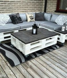 # Furniture # Pallets # Pallet Wood # Chairs # Pallet Furniture # Furniture # Pallets # Pallet Wood # Chairs # Pallet Furniture DIY Outdoor Cat Lounge - I have to do this for Pallet Garden Furniture, Diy Outdoor Furniture, Furniture Projects, Home Furniture, Wooden Furniture, Furniture Layout, Pallet Furniture Designs, Garden Pallet, Antique Furniture