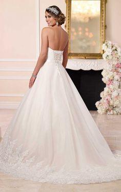 6152 Einzigartig originelles Brautkleid by Stella York