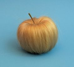 Sarah Illenberger  HEY TRY THE NEW HAIR APPLES THEY  ARE HAIRY