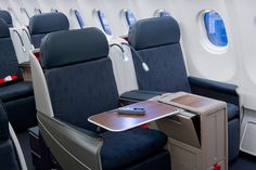 Bidding for seat upgrades decreases the value of elite status, but it also presents opportunities for non-elites to snag an upgrade on the cheap.